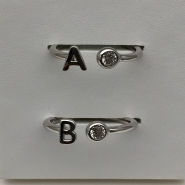 Ring R-925 Letter&Stone